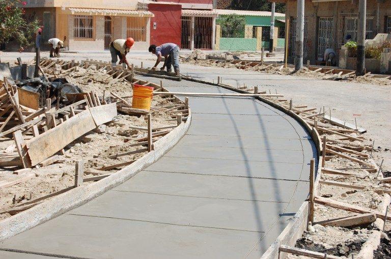 El 75 % de las obras de reconstrucción está en manos del gobierno central